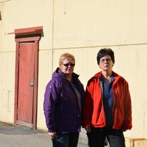 Anställda vid låsfabriken i Björkboda