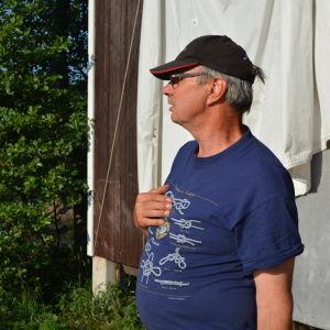 Paul Andersson är en av skådesspelarna i Vägen hem