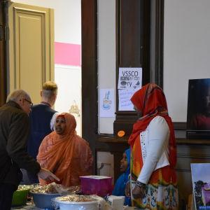 Somaliska delikatesser såldes vid Mirahuset i Vasa
