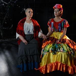 Marjo-Riitta Karhunen ja Iina Avec Tastula