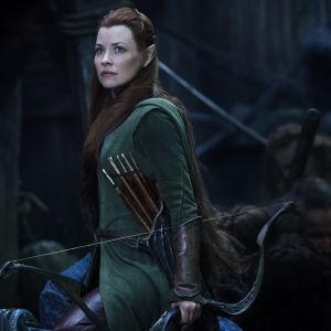 En alv i filmen the hobbit: the battle of the five armies.