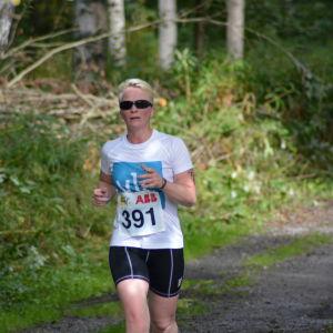 Anna Kultalahti löper i Sun City Triathlon
