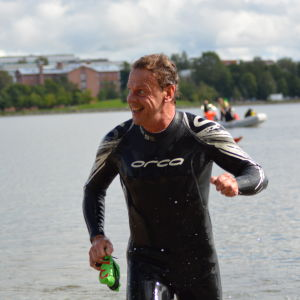 Stig har avklarat simsträckan i Sun City Triathlon