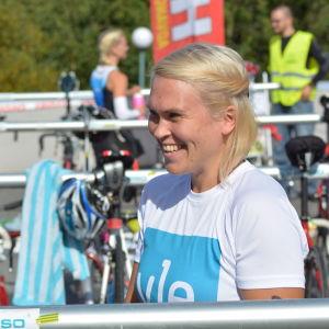 Sandra Sundvik förbereder sig för sitt triathlon