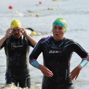 Sandra har simmat klart i Sun City Triathlon