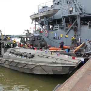 Suomen merivoimien miinanraivausvene Kiiski 7