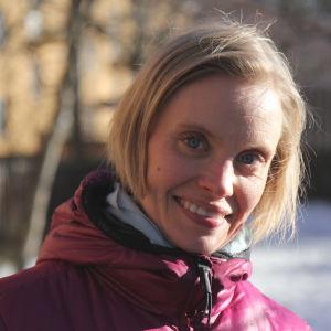 Heidi Lindqvist puistossa, LK