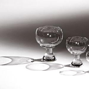 Lasimuseon kokoelmasta Kartio-lasit