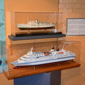 Fartygsmodeller på Forum Marinum.