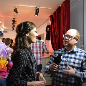 Malin Kivelä intervjuas av Peter Lüttge.