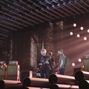 Pertti Kurikka på Eurovisionsscenen.