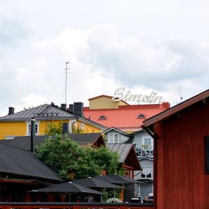Simolinhuset i Borgå sedd från ån