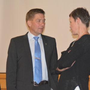 Thomas Blomqvist (SFP) och Maarit Feldt-Ranta (SDP).