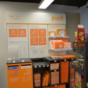 R-kiosken på Stationsvägen i Ekenäs sköter postförsändelserna från och med den 22 september 2015.