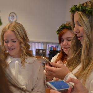 Fanny Bergvik, Cajsa Blomberg och Amalia Ragnäs.