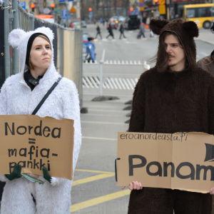 demonstration mot nordea i åbo