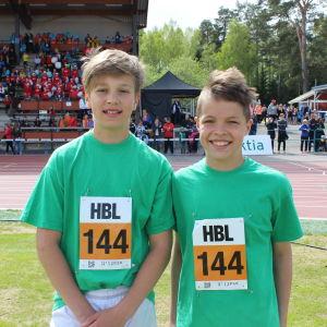 Castor Westerholm och Ramsus Andersson löpte i den första stafetten
