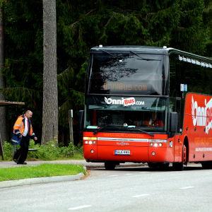 buss på hållplats