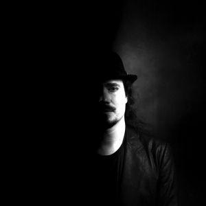 Tuomas Holopainen/Henkilökuva