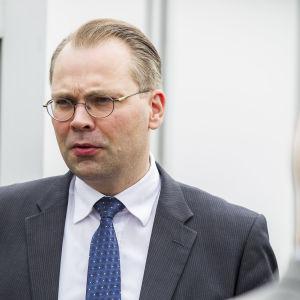 Försvarsminister Jussi Niinistö 20.06.2016.