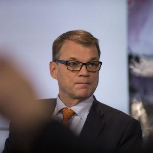 Juha Sipilä Kohti vaaleja puheenjohtatentissä