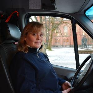 Leila Blomberg har kört skolbuss i Vasa i 18 år.