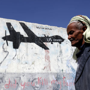 Anti-amerikansk graffiti i Sanaa i Jemen.