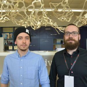 Janne Kuhno från Reaktor Space Lab och Jussi Loukiainen från Vasa yrkeshögskola.