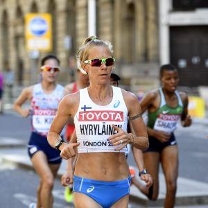 Anne-Mari Hyryläinen löper i VM