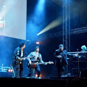 Toto uppträdde på Juli Festivalen i Ekenäs.