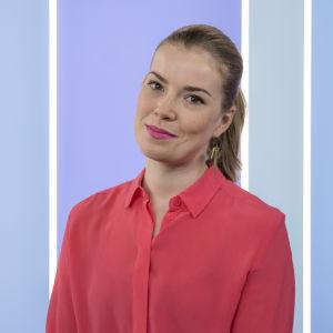 Kuvassa toimittaja Ida-Liina Huurtela