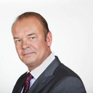 Mats Långbacka puvussaan.
