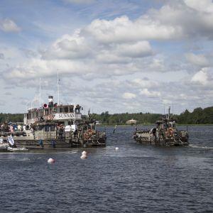 Besökare fick åka båt på mariens dag i Ekenäs 8.7.2016.