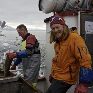Jørgen Hesten och Tom Nylund fiskar i Lofoten på båten Sharken