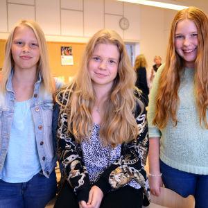 Anna Björkell, Nicole Sinkkonen och Hedvig Djupenström.