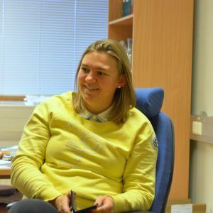 Närbild av en leende Alexandra Forsén, teknisk chef och vattenchef i Ingå.