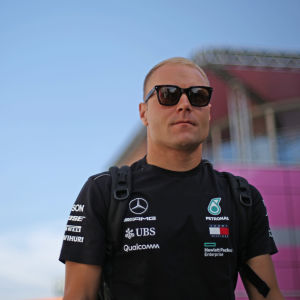 Valtteri Bottas fortsätter hos Mercedes.