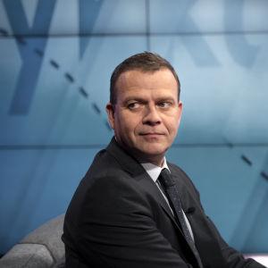 Petteri Orpo TV1:n Ykkösaamussa.