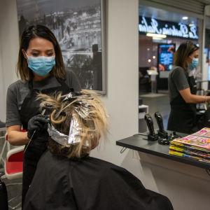 Kampaaja Lan Kaijasilta, Hair Design Dixi Kauppakeskus. 24.3.2021.