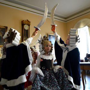 1700-tals festligheter för Lovisa ettor i Rådhuset.