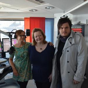 Heléne Nyberg och Thomas Enroth hos Nilla hansson i Åboländsk förmiddag