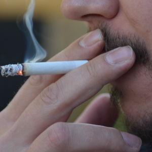 Rökning.