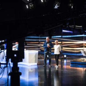 Matti Rönkä ja Susanna Turunen tulosillan harjoituksissa.