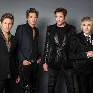 Duran Duran -yhtye poseeraa vuonna 2018. Kuva dokumentista There's Something You Should Know.
