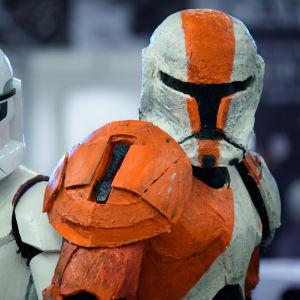 Janimal och Janne utklädda till Stormtroopers från Star Wars på World Con 75