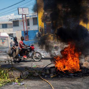Vägbarrikader i Haiti
