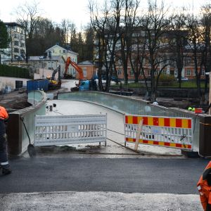 Biblioteksbron börjar bli invigningsklar