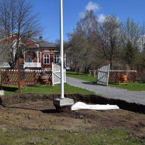 Början till en fjärilsträdgård på Strömsö
