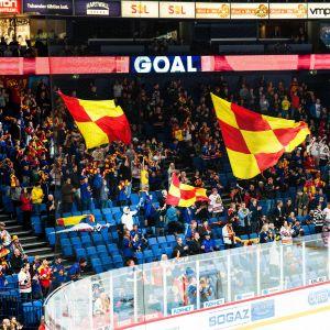 Jokerit fanklubb Eteläpääty motsätter sig spel i Belarus.