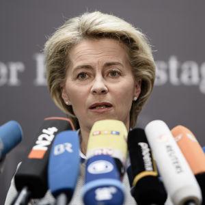 Tysklands försvarsminister Ursula von der Leyen i Berlin den 10 maj 2017.